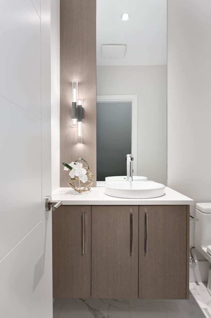 Custom Ensuite Vanity with Mirror