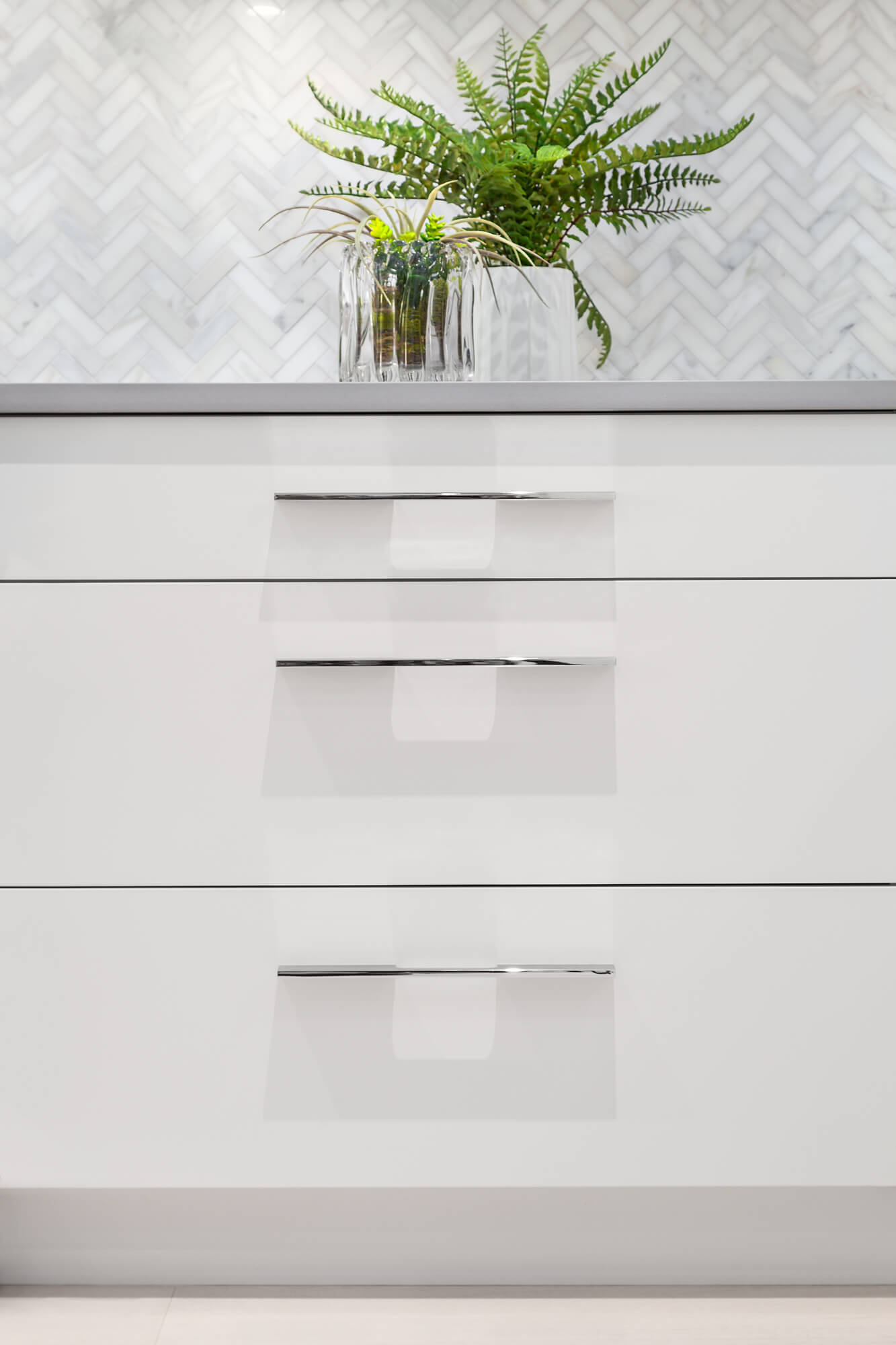 Custom White Drawers with Blum® Soft Close Sliders