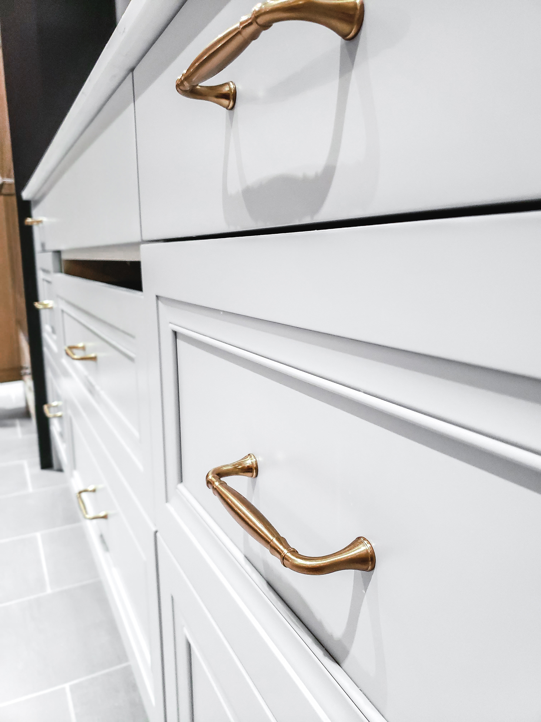 How to Keep Small Appliances Out of Sight in Your Kitchen 1