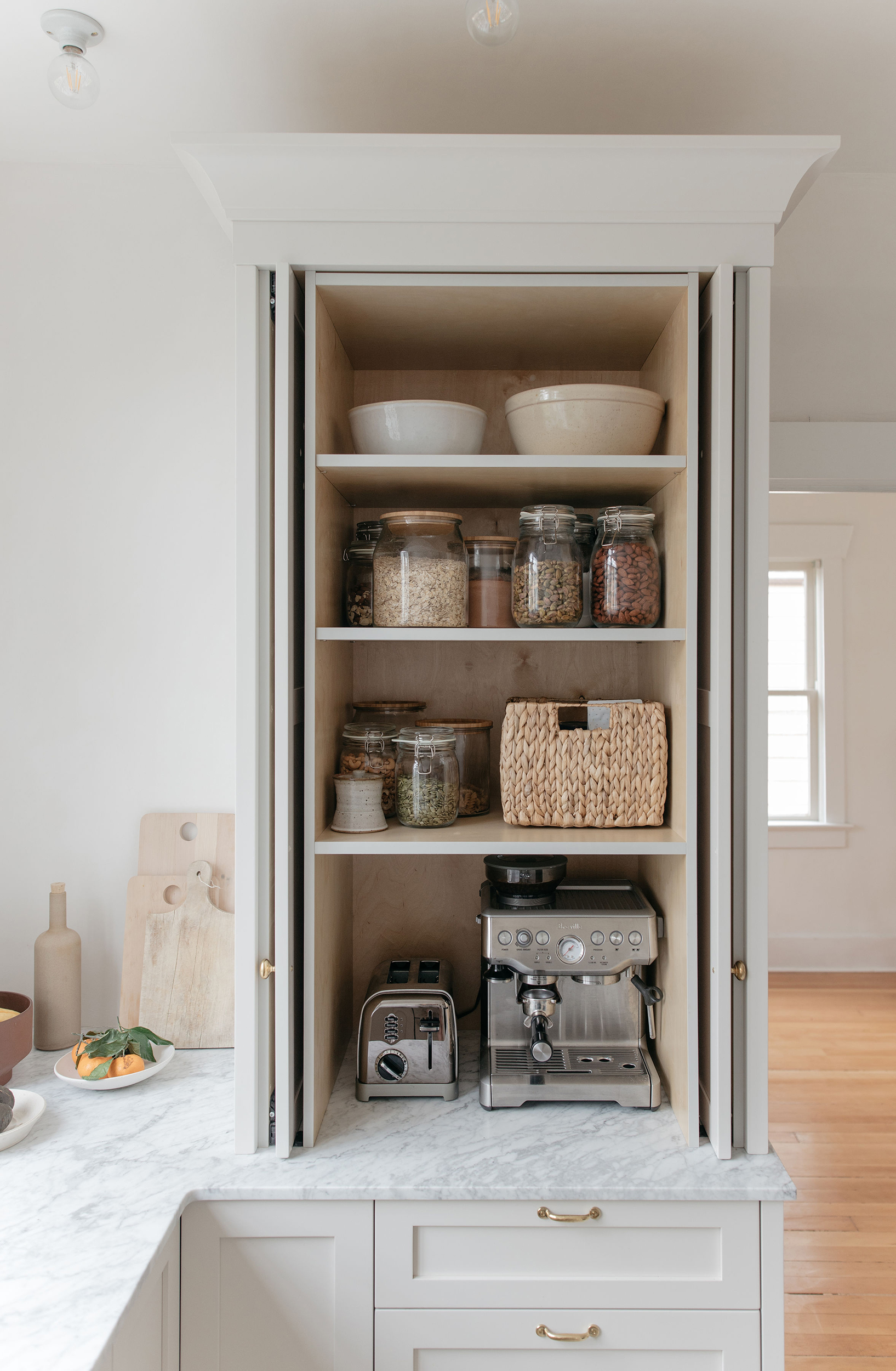 How to Keep Small Appliances Out of Sight in Your Kitchen 2