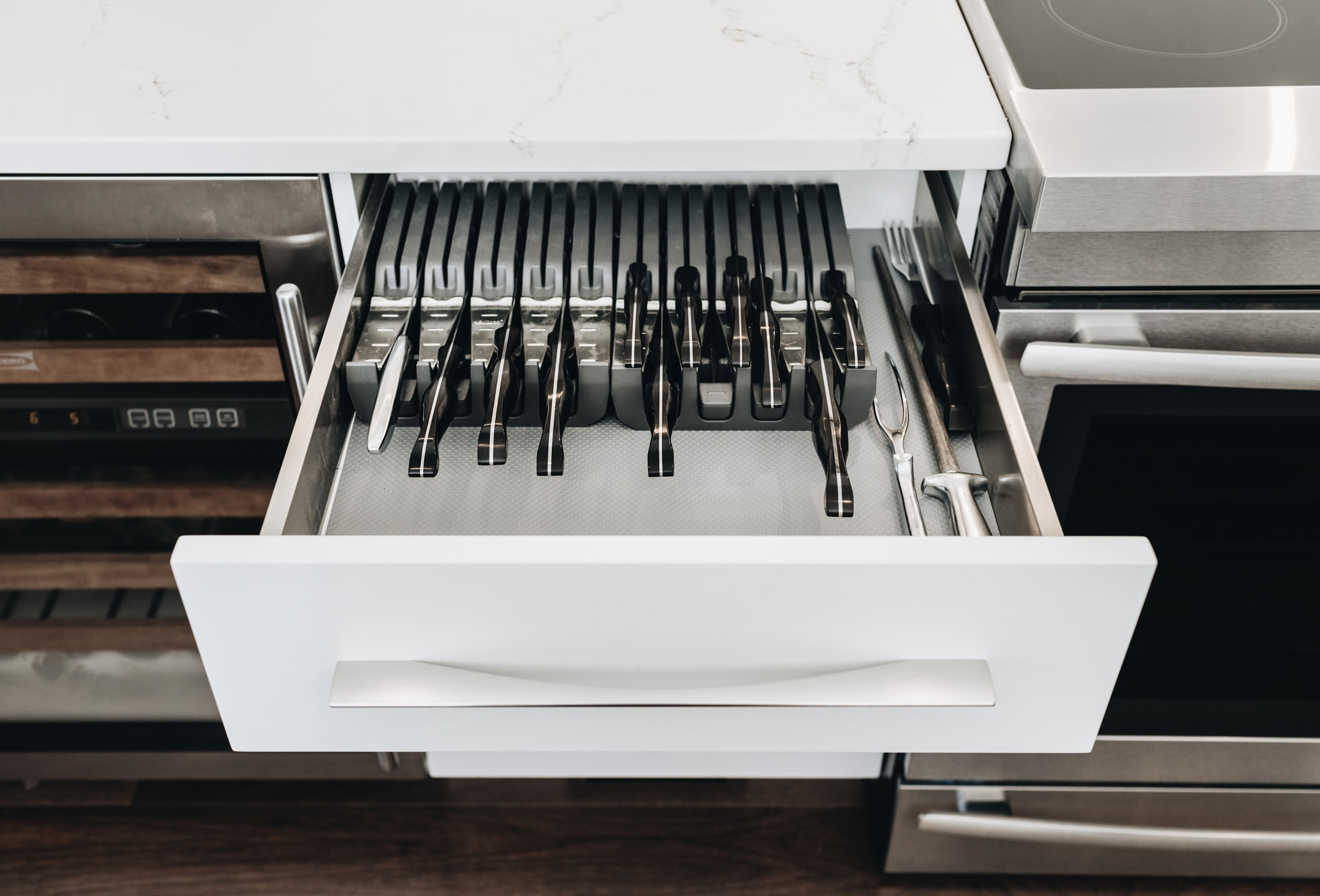 cutlery organization modern kitchen - citation kitchens