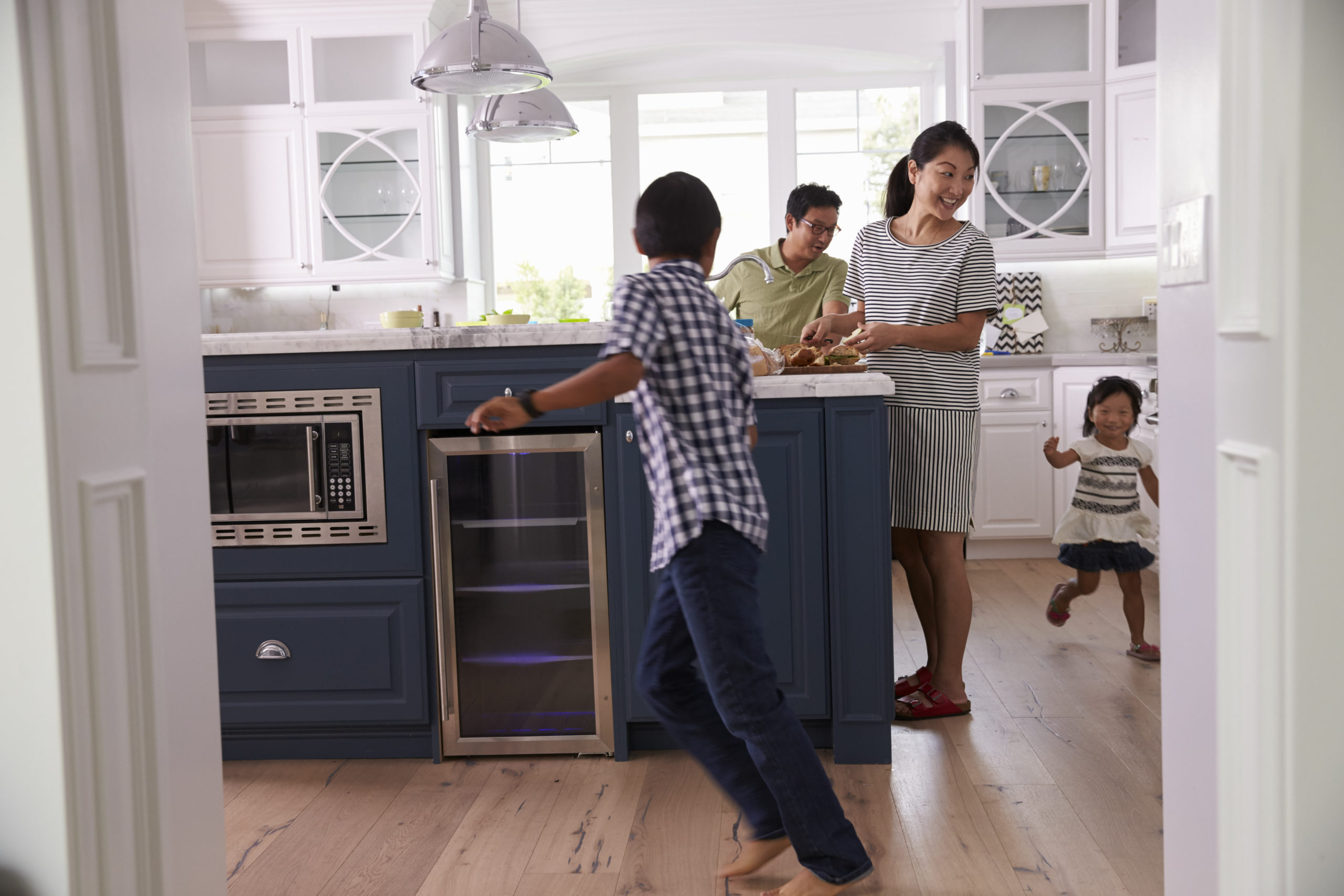 Learn to Increase Your Kitchen Space With Kitchen Islands