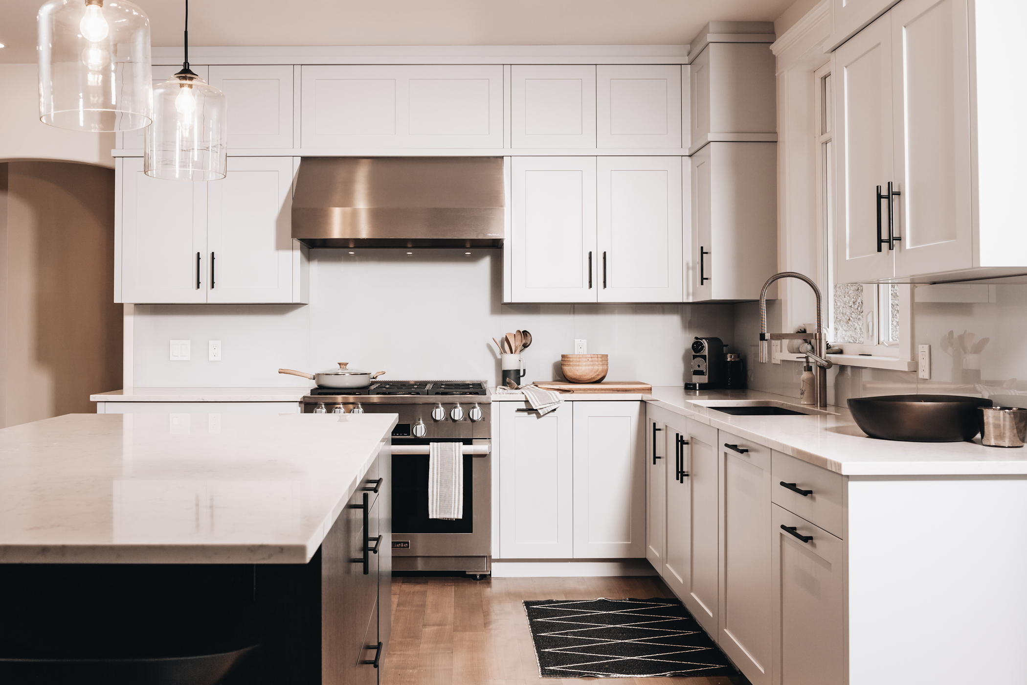 How Much Are Custom Kitchen Cabinets? 1