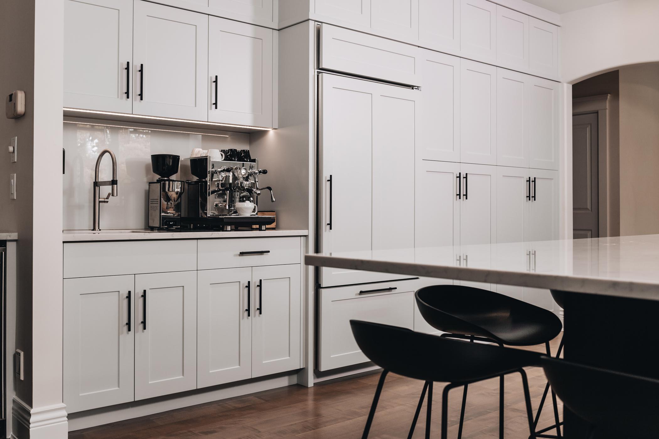 Custom Cabinets for Kitchen | Kitchen Art Design