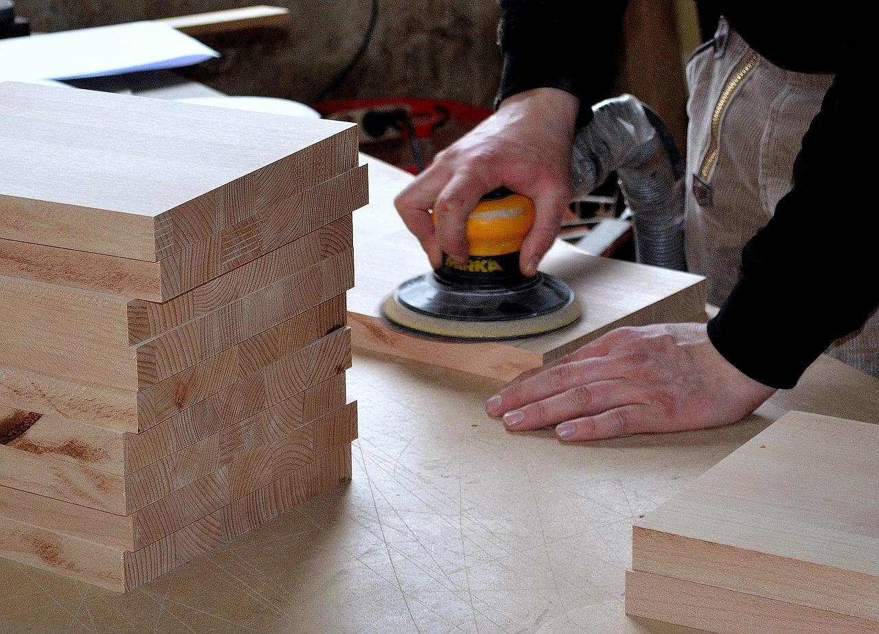 Kitchen Specialist Working on a New Project | Kitchen Art Design