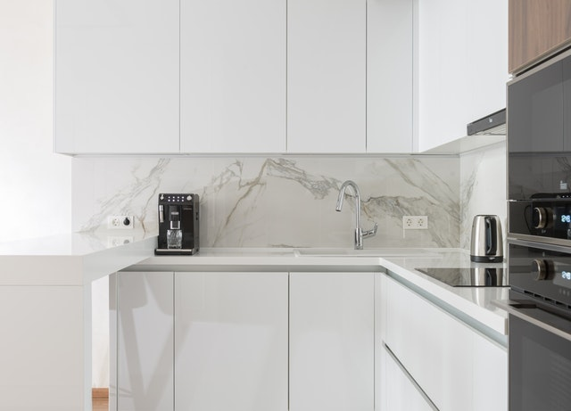 White Kitchens and Cabinet Ideas | Deep Drawers In The Kitchen | Kitchen Art Design